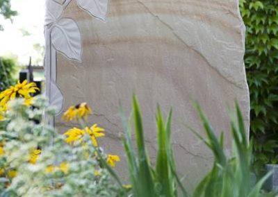 Felsen Cobra Quarzit mit Sonnenblumenelement