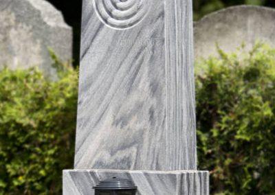 Wachauer Marmor Obelisk